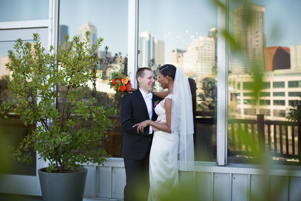 ZenziandCharlesBlog_Seattle-Wedding-Photographers_048.jpg