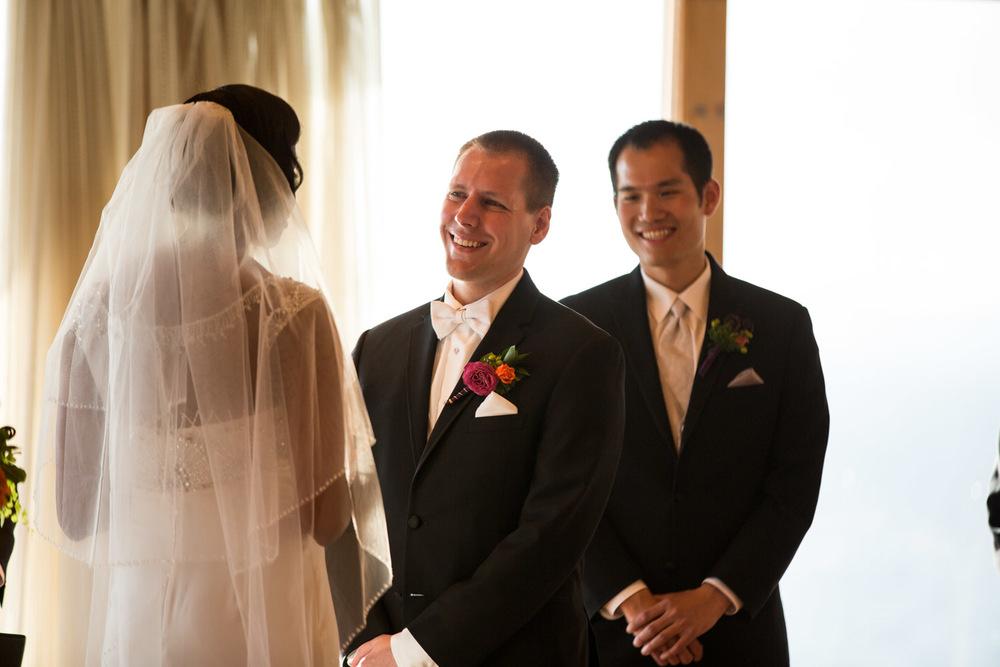 ZenziandCharlesBlog_Seattle-Wedding-Photographers_055.jpg