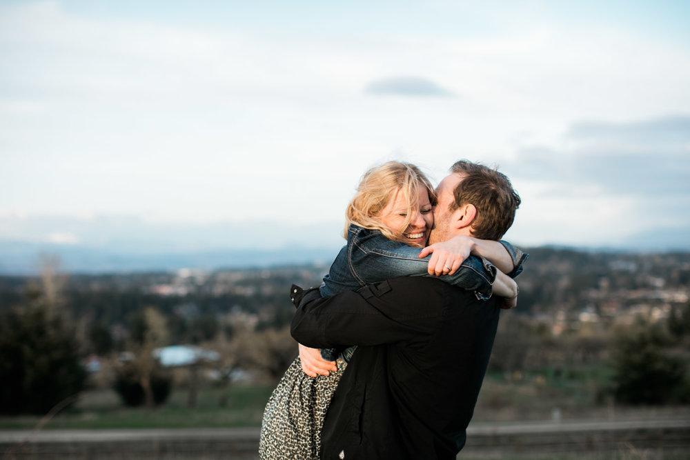 SJ_Portland-Engagement-Photographers-Powell-Butte-Nature-Preserve_020.jpg