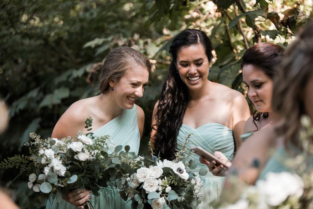 Bridal-Veil-Lake-Wedding-Portland-Photographers_TR_029.jpg