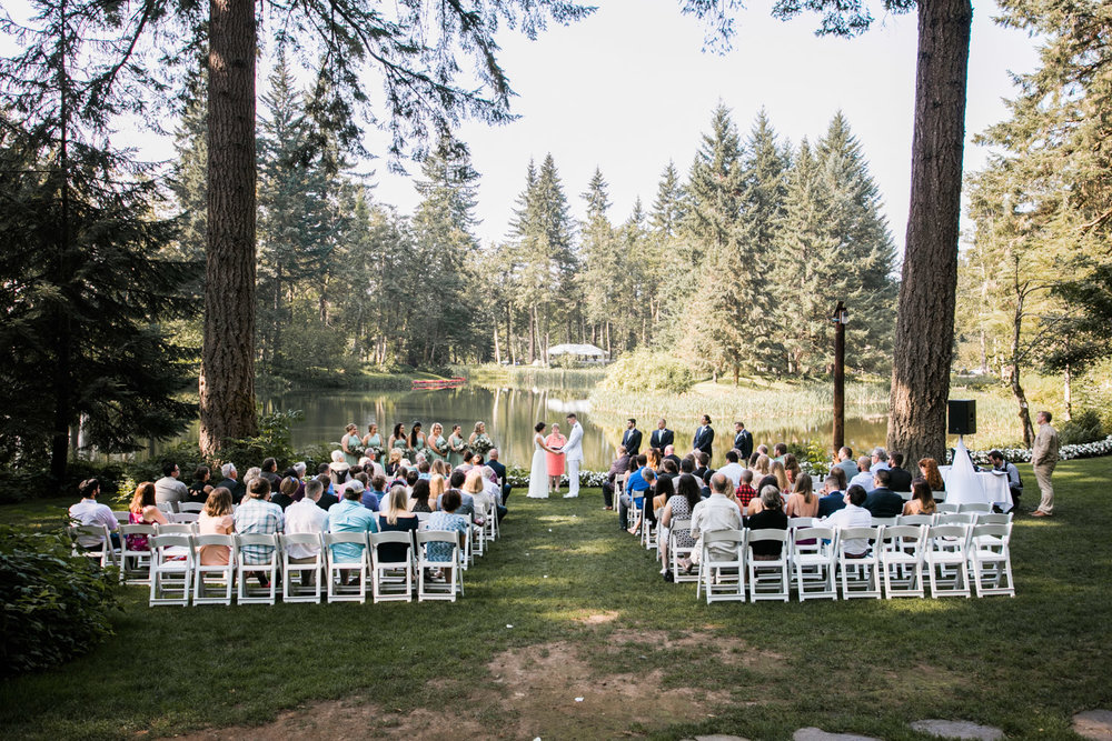 Bridal-Veil-Lake-Wedding-Portland-Photographers_TR_035.jpg