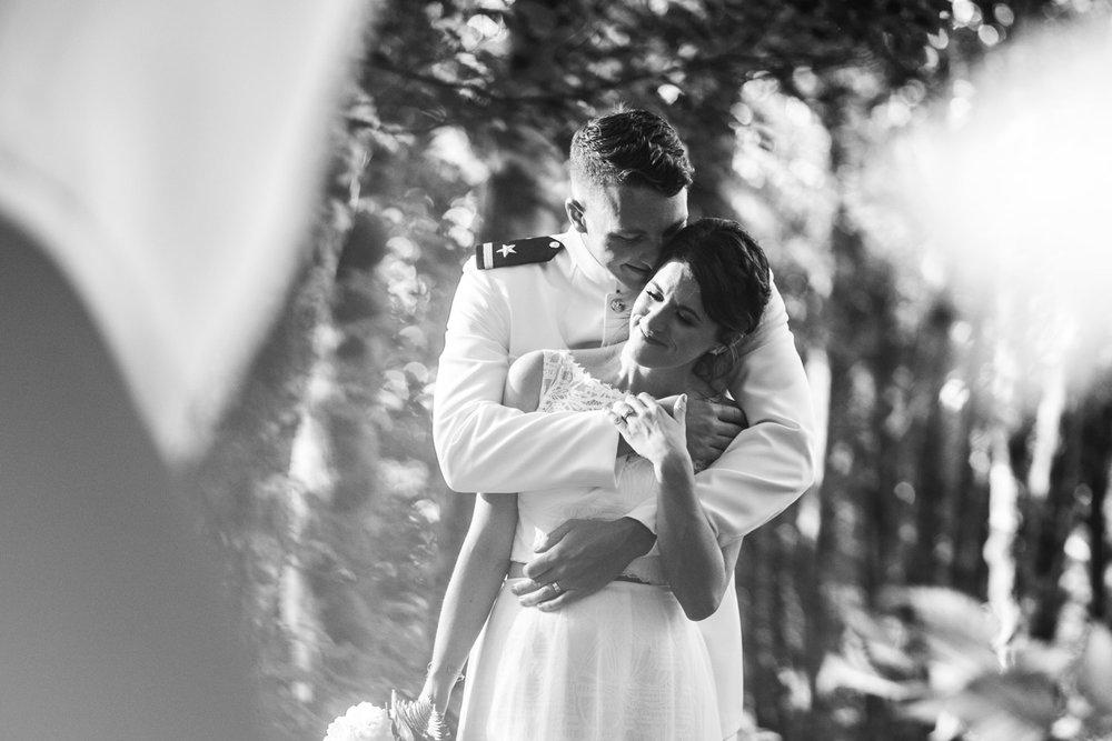 Bridal-Veil-Lake-Wedding-Portland-Photographers_TR_054.jpg