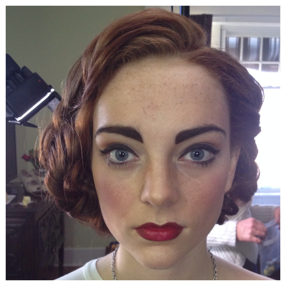 1940s style hair and makeup 1940 s inspired hair amp makeup janie edwards 3871