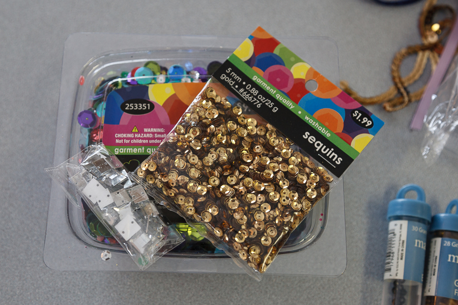 Who doesn't love gold right now?!  We got a small pack of gold sequin and a variety pack of sequin that included small to large and a variety of colors.