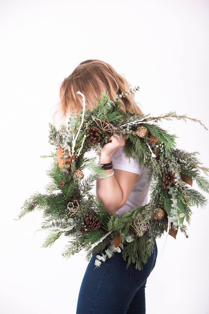 Photo: Marcus Edwards  | Wreath: Hana Style Designs