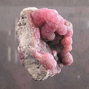 Smithsonite is a botryoidal habit mineral.