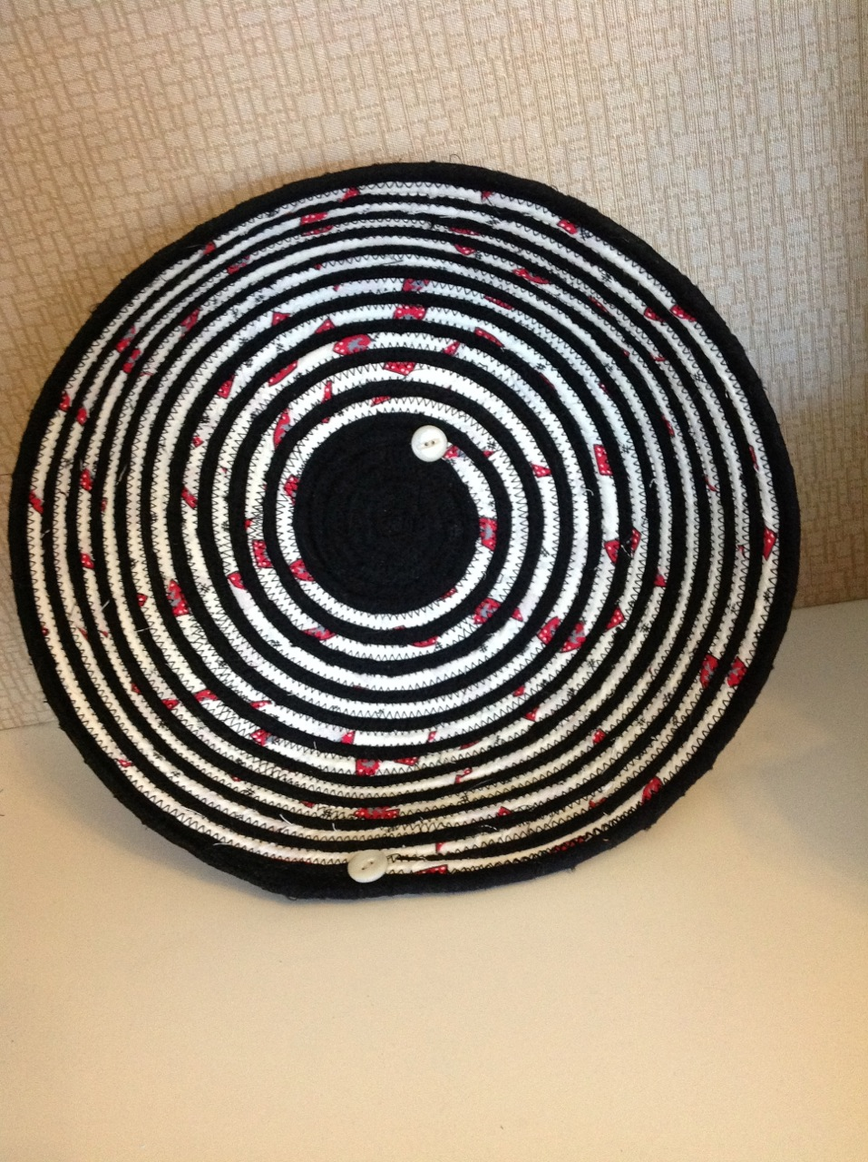 Karole Kurnow black spiral bowl.jpeg