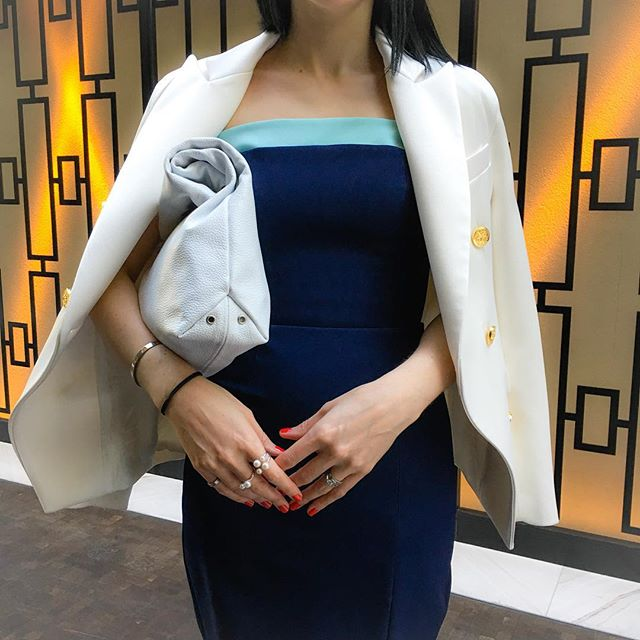 In case you missed it - UP CLOSE with that @rebeccavallance Conception Blazer and Subtropical Strapless Split Dress. You can buy them online now! #fashionblender #ootd #itsallinthedetails #upclose #style #supportaustralianfashion #collaboration #sokyo #thestar #pyrmont #outandabout #streetstyle #personalstylist #stylist #newpost #newoutfit #whiteblazer #classics #dressingup #australianbrands www.fashionblender.com.au 📷📷📷