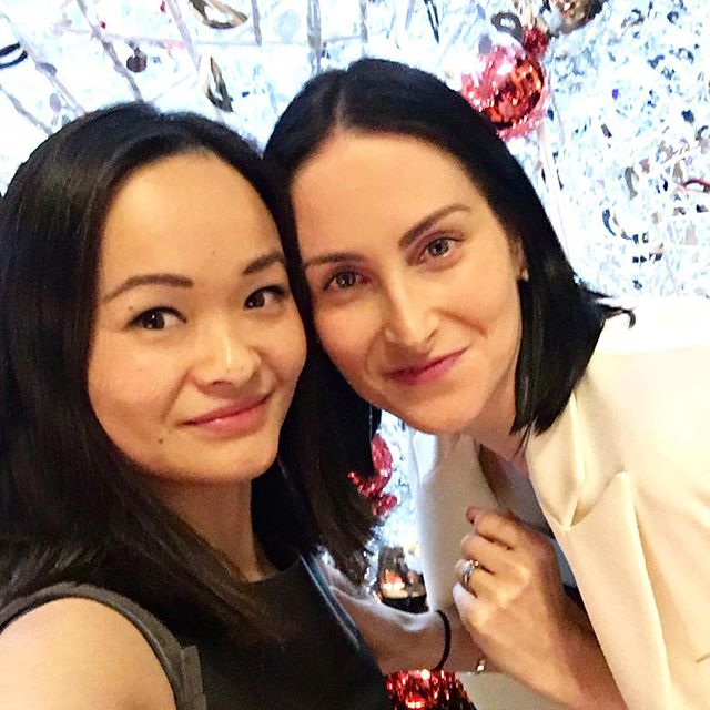 Out with this girl ( @lis__lai ) at night! #closeup #itsallinthedetails #birthday #birthdaydinner #fashionblender #selfie #vscocam #outandabout #streetstyle #ootd #personalstylist #instabuddies #style #christmastime #dinnerdate www.fashionblender.com.au 💗📷💗