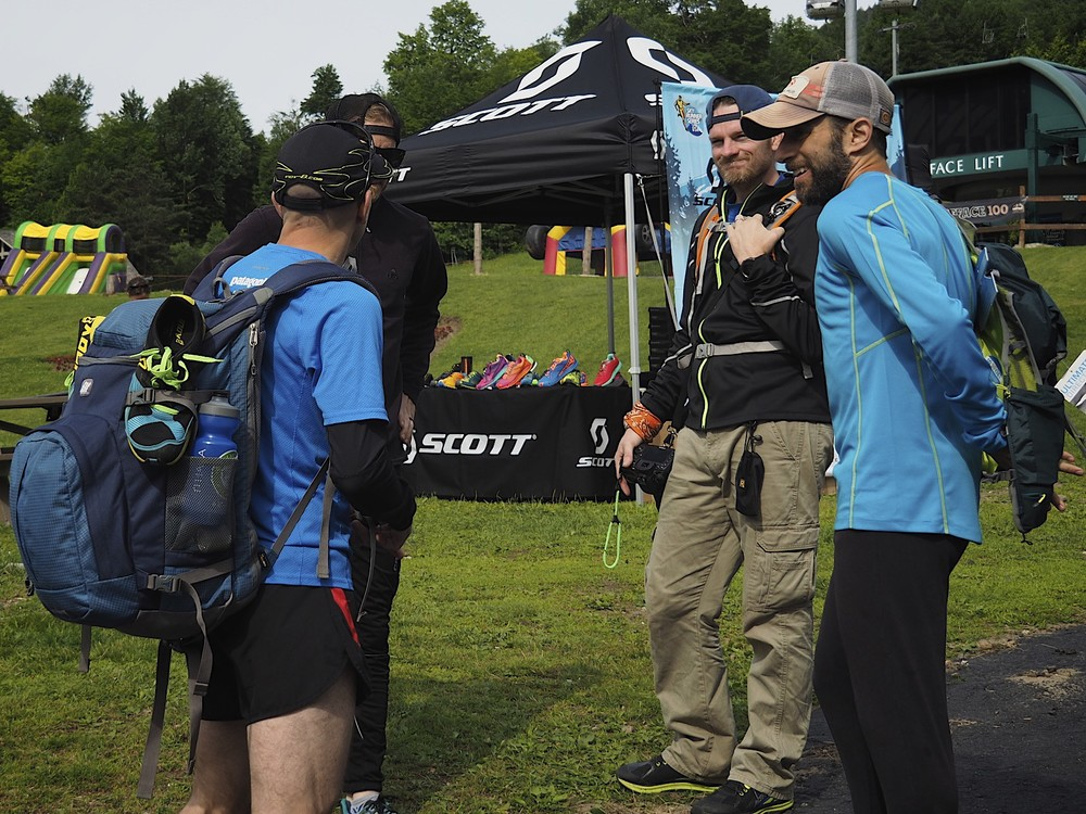 Talking with Ben, Scotie and Ron before the start of the VK.