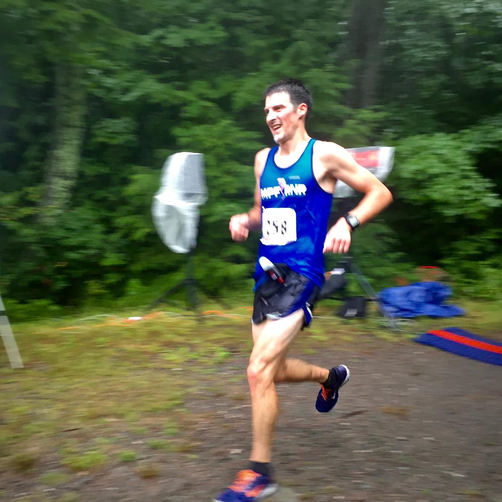 Jan Wellford winning the 2016 Escarpment Run!