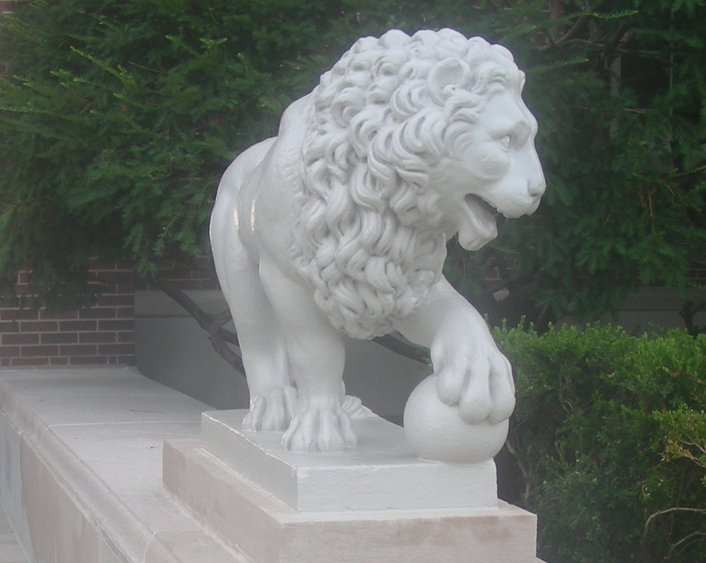 Mick and Mack Lions After Restoration