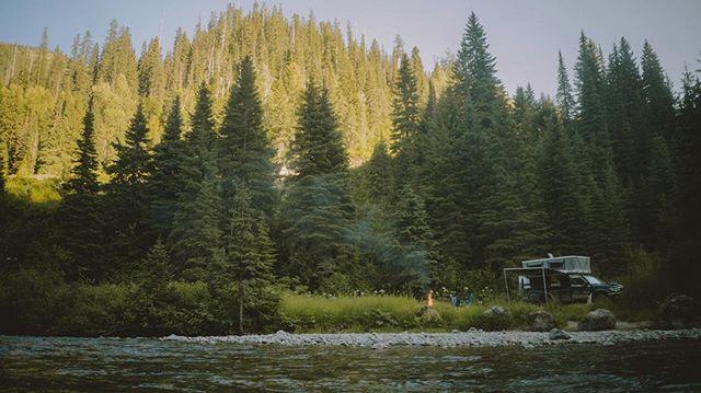 Montaneity . #montana #fourwheelcampers