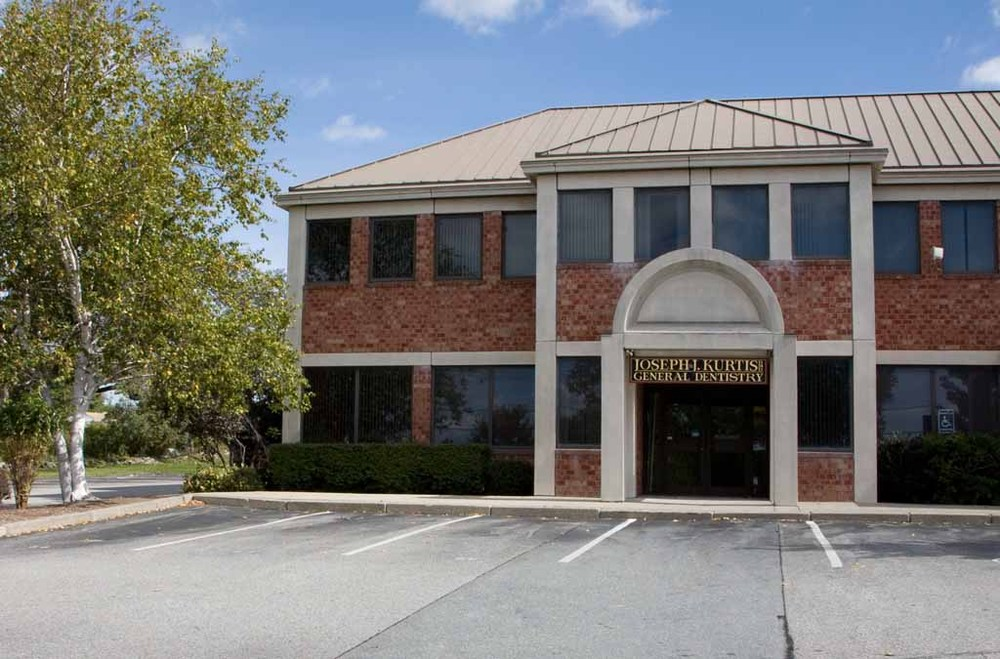 Joseph J. Kurtis, DMD  fine restorative and cosmetic dentistry  333 Valley Road  Middletown, RI 02842