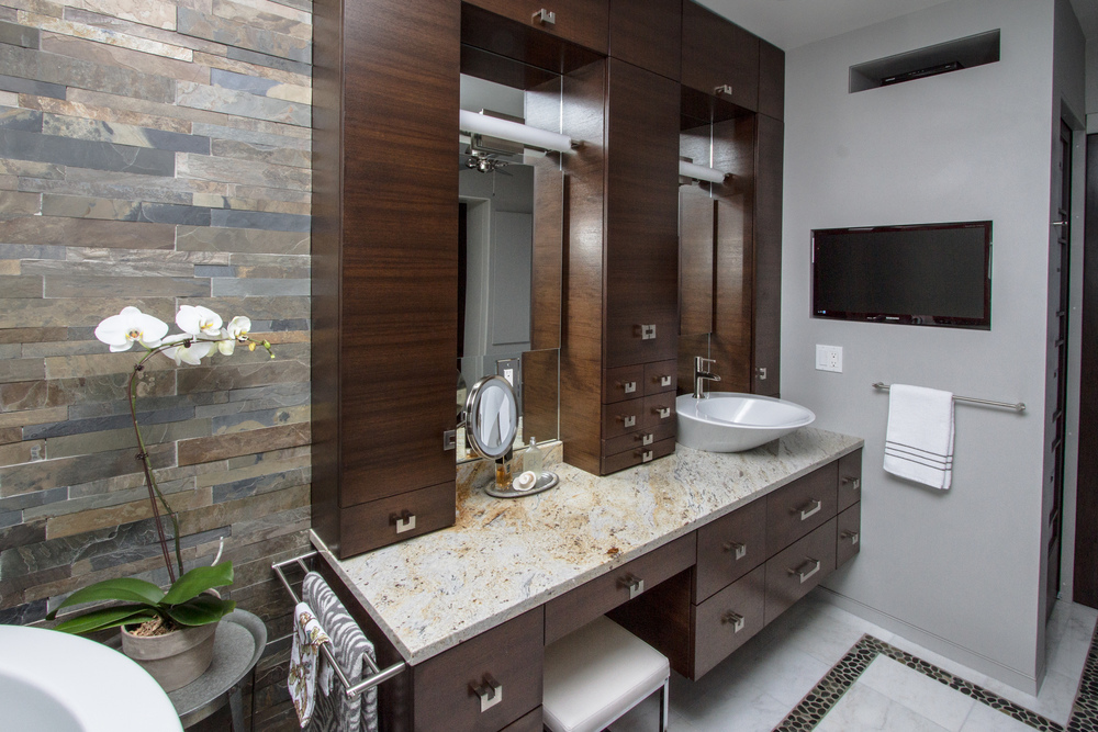 Connecticut Builder Bathroom (001)_-29.jpg
