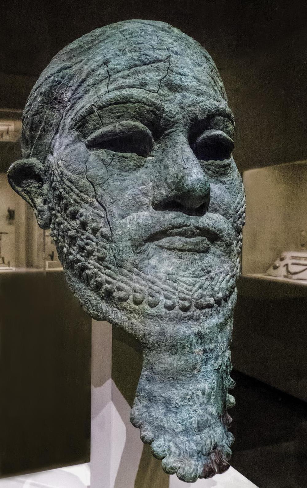 Elamite Head of an Ruler, Iran - 2300-2000 BCE Flickr/Mary Harrsch