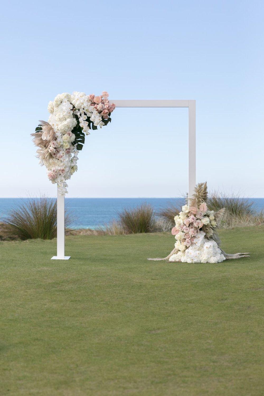 ©MichelleWeir-Blush-TaraIti-Wedding-031_preview.jpeg.jpg