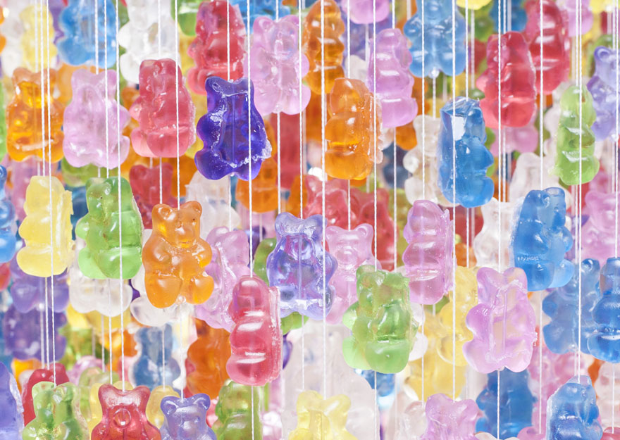 gummy-bears-chandelier-2.jpg
