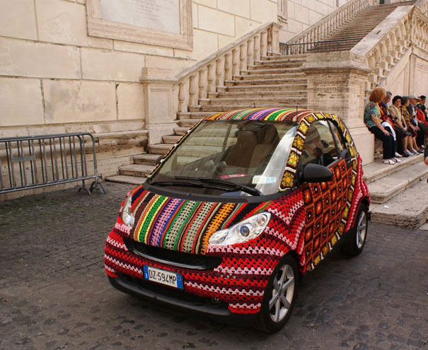 yarn-bombing-knitted-auto-1.jpg