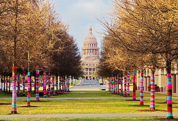 yarn-bombing-knitted-trees-2.jpg