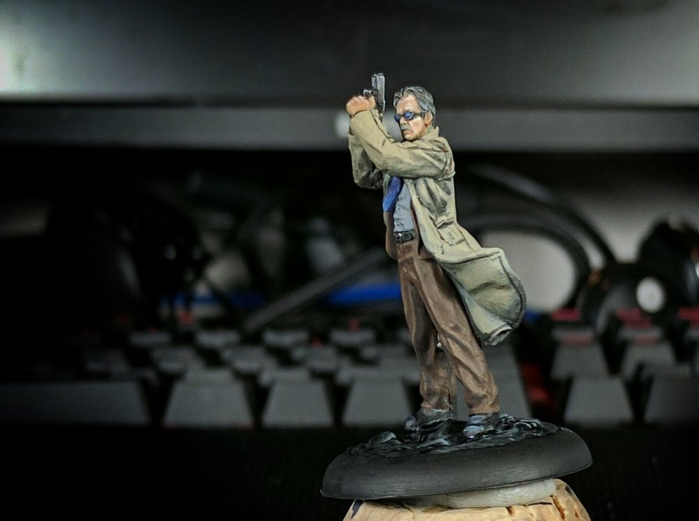 James Gordon as an old man. He was really a fun mini to paint, and deserves better pictures.