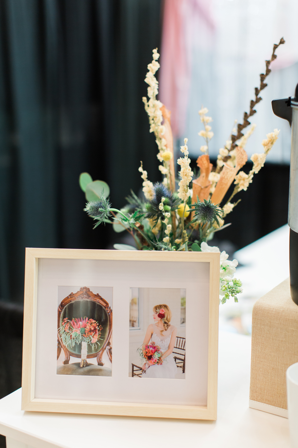 awesome-bridal-show-booth