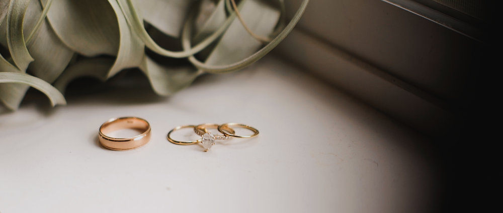 rose-gold-wedding-rings