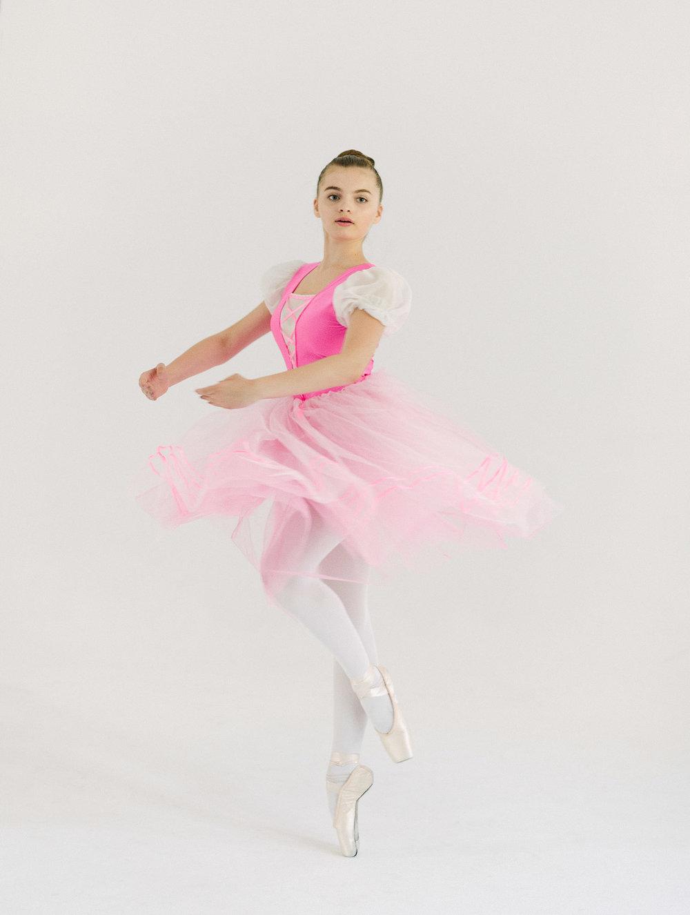Cro&KowStudio_ballerina8.jpg