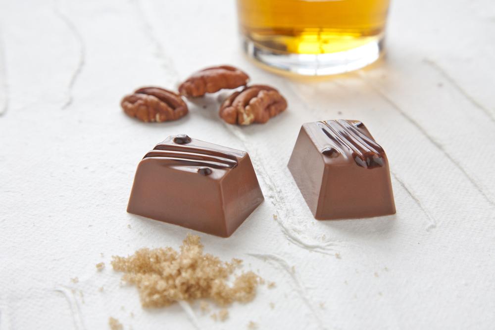 1Pearl_Chocolate_Window_10_12_12 0016.jpg