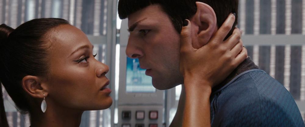 spock-uhura-star-trek-2009.jpg