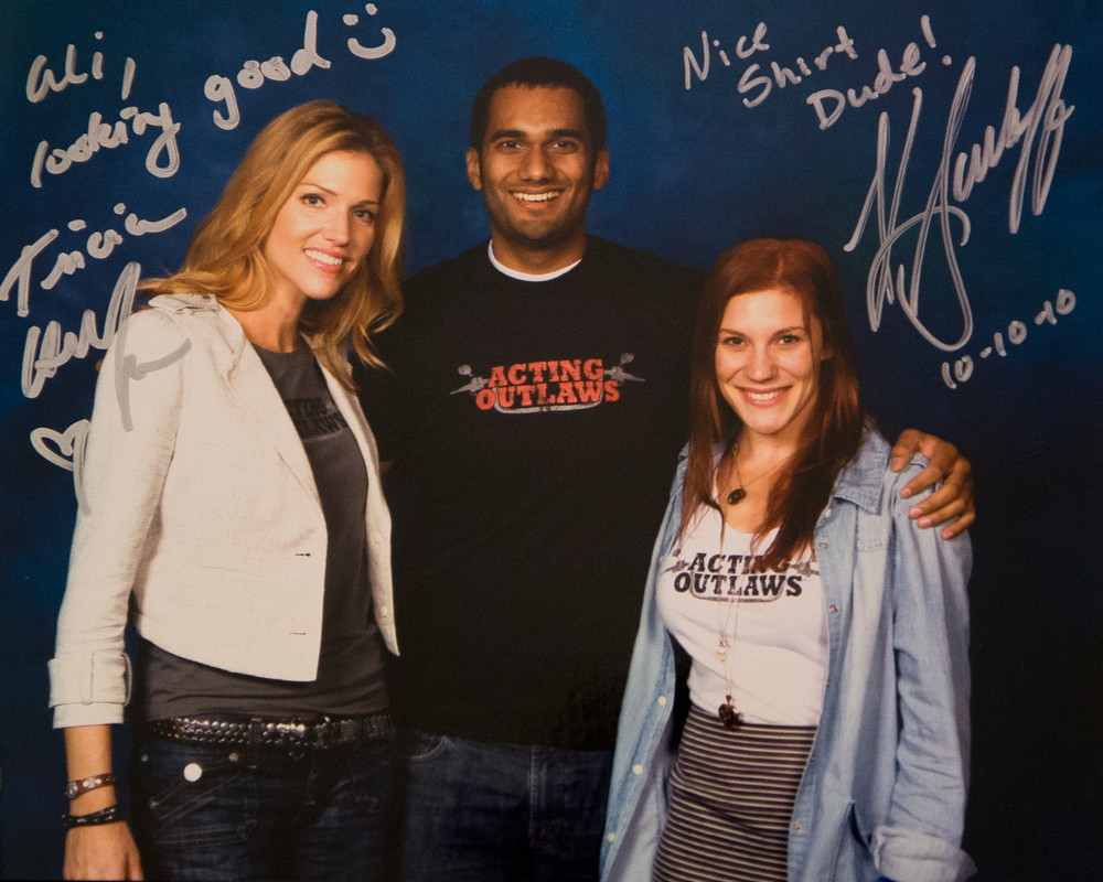 Tricia Helfer & Katee Sackhoff, BSG's Number Six & Starbuck. New York Comic Con 2010.