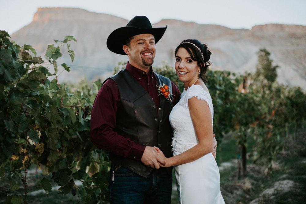 bride groom portrait wedding Palisade Colorado mount garfield