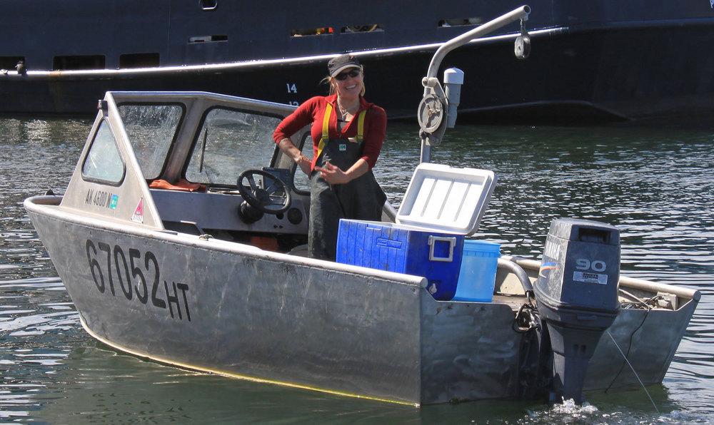 A Peek at Commercial Dungeness Crabbing — Alaska Floats My ...