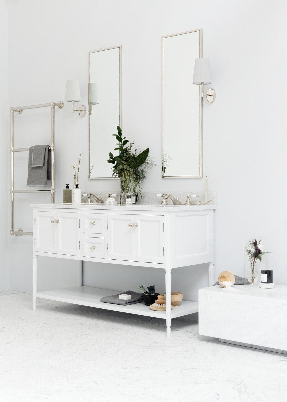 Porter_bathroom_vanities_the_Chester_06.jpg
