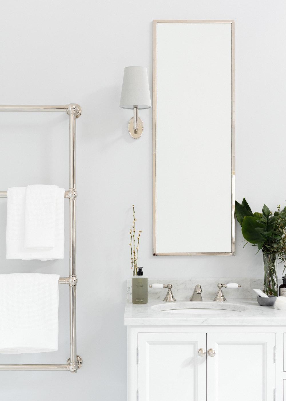 Porter_bathroom_vanities_the_Chester_02.jpg