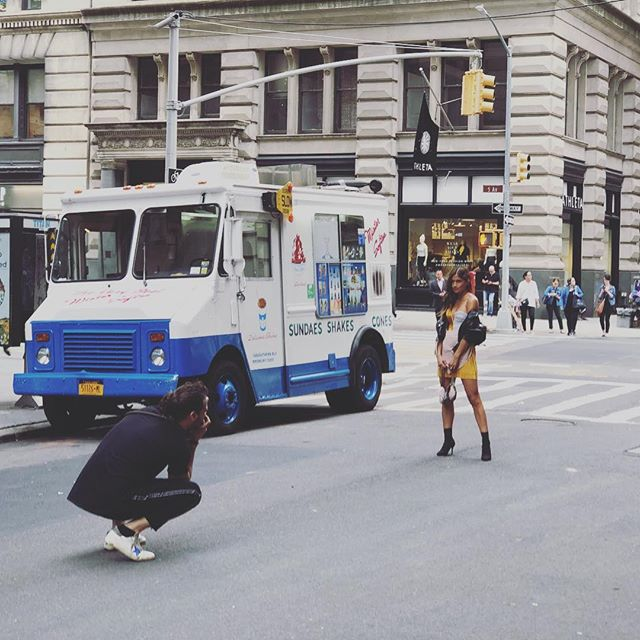 You know the seasons are changing when #NYFW photos are being taken next to an ice cream truck. #nyc • • • • • #manhattan #summervibes #fallvibes #fallnyc #fashion #photoshoot #streetphotography
