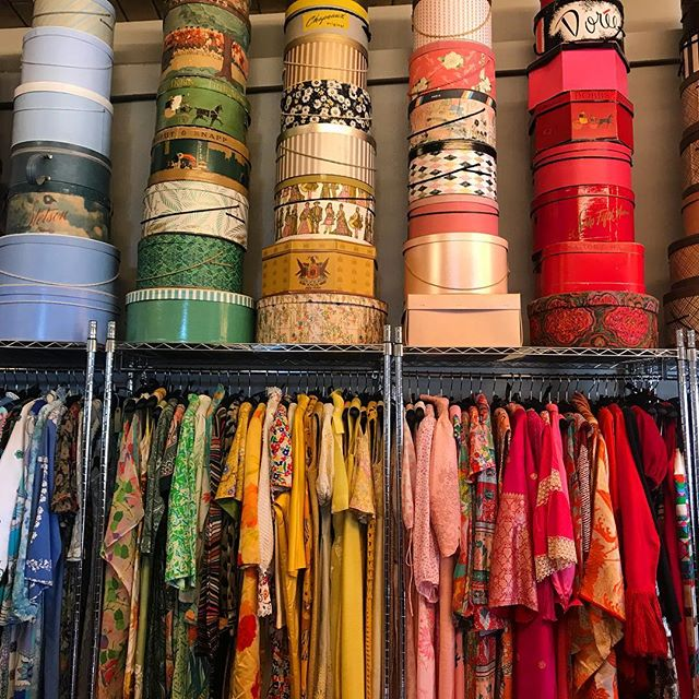 It's no secret @thefineartofdesign has the best vintage in the desert, not to mention the most colorful shop! ✨ You could easily spend an entire afternoon pursuing the carefully curated racks, picking out the perfect vintage pieces to add to your collection! . . . #thefineartofdesign #vintageclothing #vintageclothingstore #shoplocal #palmdesert #vintagelove #abmlifeiscolorful #abmhappylife #livecolorfully #livethelittlethings #thehappynow #thatsdarling #palmsprings #leisurelife #caftan #poolside #partydress #vintagepattern #vintageprint #livethelittlethings #hatbox #storedisplay #curatedvintage #acolorstory #wednesdaywisdom #sixtiesstyle #vintagestyle #vintageglamour #californialustre