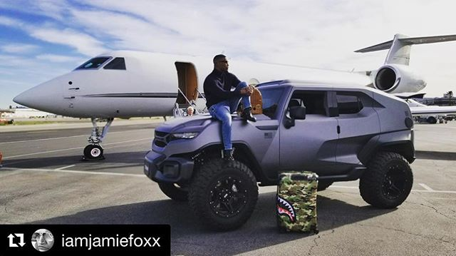 Rezvani Tank Branded by @sabet ———— #Repost @iamjamiefoxx ・・・ When you thinkin bout how you wanna crush this week in every way ... #california #rezvanitank #mysexylook #wizpak