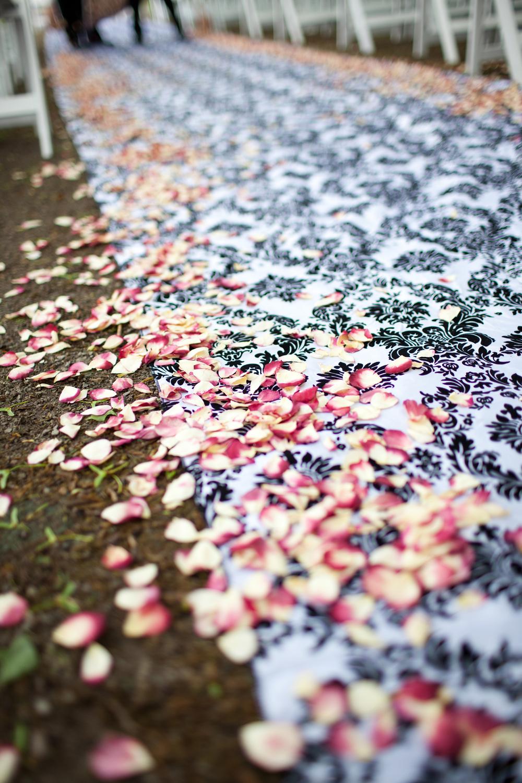 DUNDURN CASTLE, HAMILTON, WEDDING, FLOWERS15.jpg
