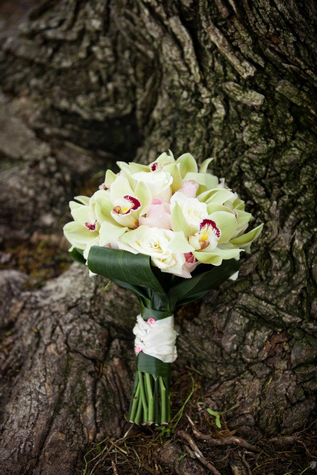 DUNDURN CASTLE, HAMILTON, WEDDING, FLOWERS8.jpg