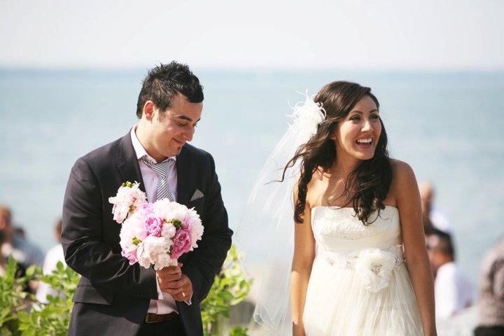 BARANGAS ON THE BEACH, HAMILTON, WEDDING, FLOWERS5