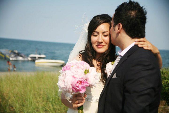 BARANGAS ON THE BEACH, HAMILTON, WEDDING, FLOWERS6