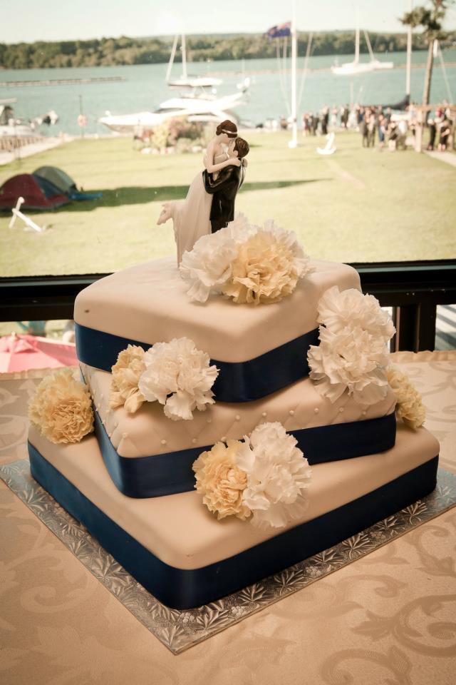 FLOWERS WEDDING, HAMILTON, WATERFRONT CENTRE.jpg