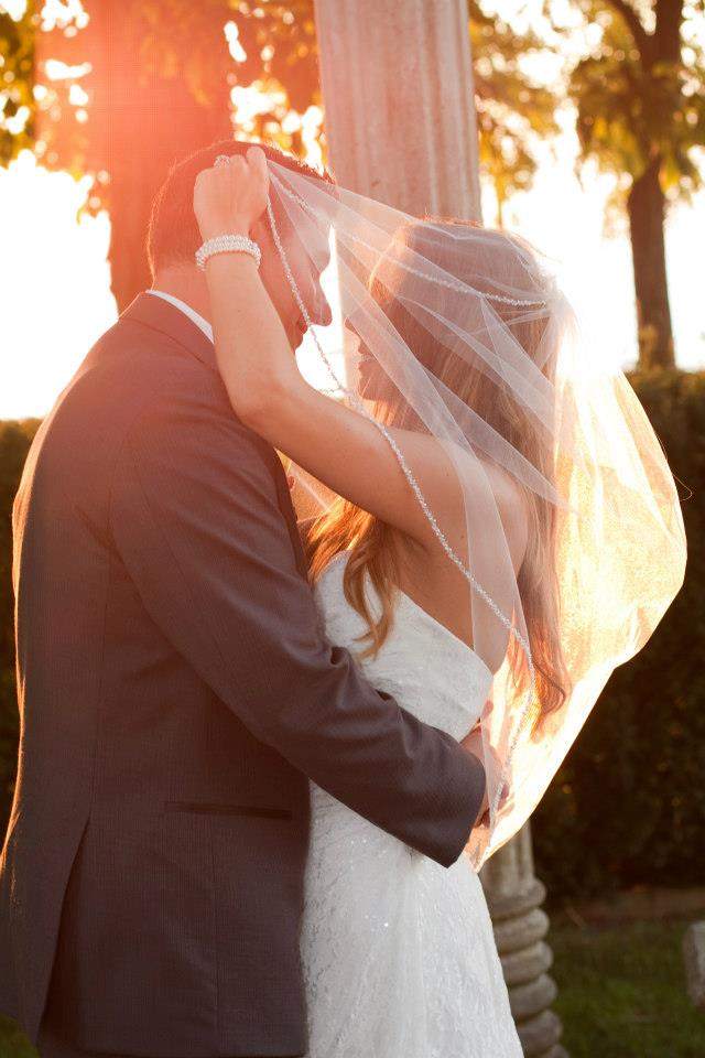 LIUNA GARDENS WEDDING FLOWERS, HAMILTON