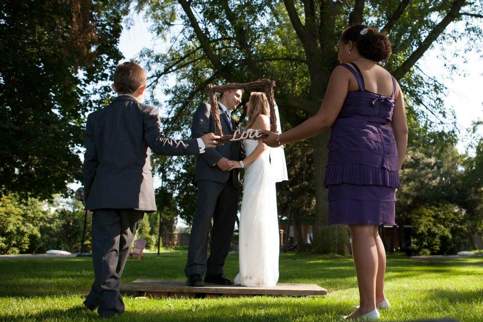 WEDDING FLOWERS HAMILTON LIUNA GARDENS