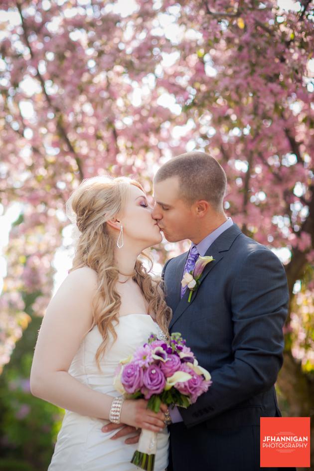 STONE MILL INN WEDDING FLOWERS, NIAGARA WEDDING FLORIST