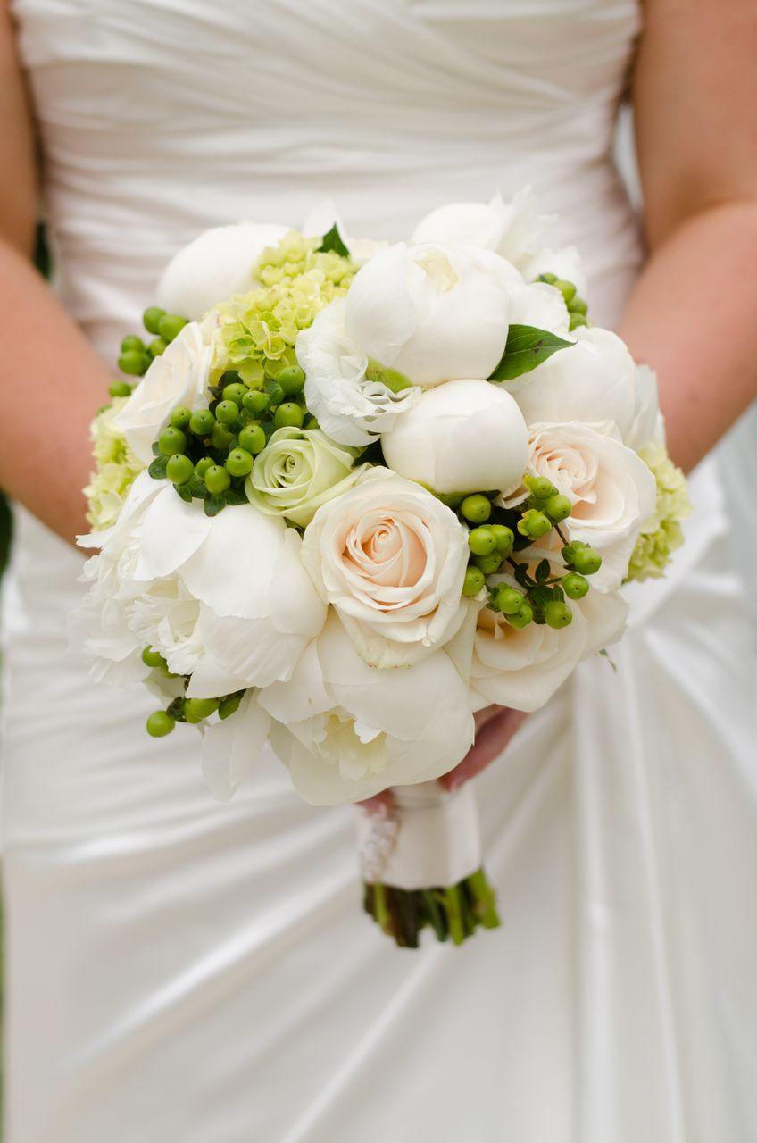 SOUTHSHORE COMMUNITY CENTRE, BARRIE WEDDING FLOWERS