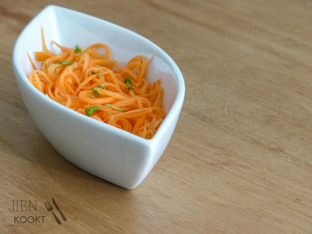 Zoetzure wortelsalade