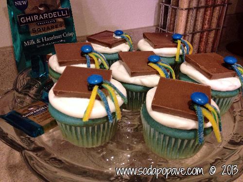 Graduation Cap Cupcakes (36).JPG