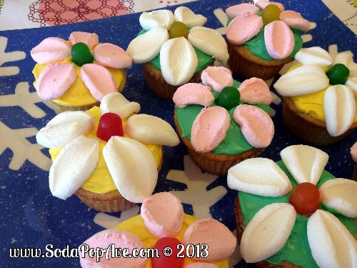 Flower Cupcakes (30).JPG